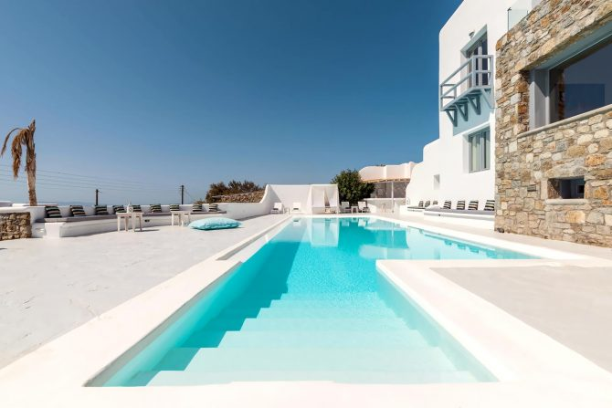 Mykonos villa with private pool